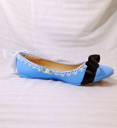 Show off your mad love for Alice with this Amazing ORIGINAL one of kind flats inspired by Alice herself! All Shoes are decorated to order. Shoe