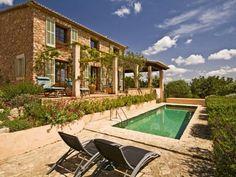 Beautiful country side villa in the idyllic Santa Maria
