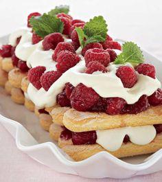 Baileys Torte, Rocher Torte, Kitchen Witch, Tiramisu, Waffles, Nom Nom, Cake Recipes, Cheesecake, Vanilla
