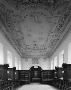 Libraries (buildings), University of Cambridge, Pembroke College