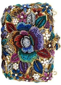 Butler and Wilson Multi Crystal Flower Couture Clutch Bag Beaded Purses, Beaded Bags, My Bags, Purses And Bags, Floral Clutches, Beautiful Handbags, Floral Fashion, Vintage Purses, Crystal Flower