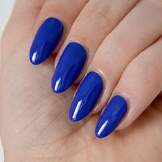 Floss Gloss El Capitán swatches. Bright blue nails, blue manicure inspiration. #talontedlex
