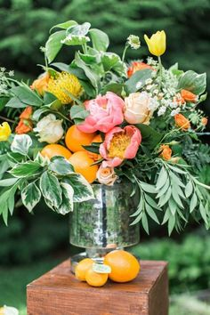 Weddings Flower Arrangements : orange and pink flower and fruit arrangement - Flowers.tn - Leading Flowers Magazine, Daily Beautiful flowers for all occasions Summer Flowers, Fresh Flowers, Beautiful Flowers, Exotic Flowers, Flowers Garden, Beautiful Pictures, Spring Flower Arrangements, Fruit Arrangements, Birthday Flower Arrangements