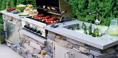 Editors' Picks: Our Best Outdoor Kitchens and Dining Areas