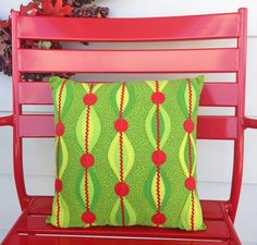KBB Crafts & Stitches: Festive Leaf and Berry Pillow