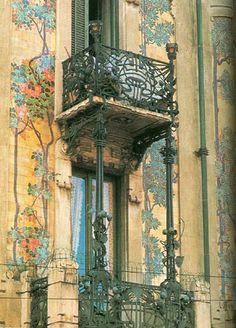 M<3 Milan   Porta Venezia - via Malpighi   Liberty   Casa Galimberti   detail
