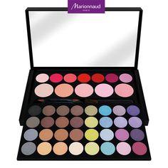 Petite Palette de Maquillage contenant 32 ombres à paupières, 7 rouges à lèvres et 5 blushs