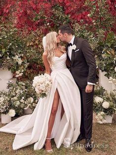 Slit Wedding Dress, Long Wedding Dresses, Bridal Dresses, Wedding Gowns, Long Wedding Veils, Different Wedding Dress Styles, Colored Wedding Dress, White Bridesmaid Dresses, Wedding Art