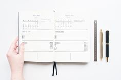 THE PRIVATE LIFE OF A GIRL: How to Create a Bullet Journal