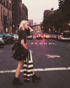 Sky Ferreira☼ ☾ Follow me on instagram: 2turnttori ☼ ☾