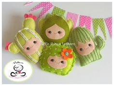 Cactus Family-felt succulents-Cactus Garland - Sewing Patterns at Makerist Felt Patterns, Pdf Sewing Patterns, Felt Ornaments Patterns, Felt Diy, Felt Crafts, Happy Fruit, Felt Fruit, Felt Succulents, Sewing Stuffed Animals