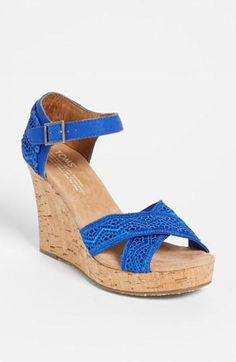 Comfy! TOMS Crochet Wedge in Royal Blue