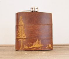 Mountain Man Leather Flask - Personalized initials, Red Wood Tree -  brown leather, wedding hip flasks on Etsy, $62.62