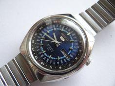 RARE VINTAGE SEIKO 5 PERPETUAL CALENDAR AUTOMATIC WATCH 7019-6070