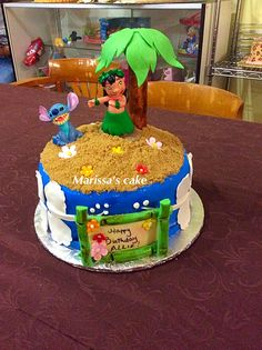 Disney Party Ideas: Lilo and Stitch Party Hawaiian Birthday Cakes, 13 Birthday Cake, Birthday Party Desserts, Luau Birthday, Birthday Ideas, Lilo And Stitch Cake, Lilo Y Stitch, Disney Cakes, Its My Bday