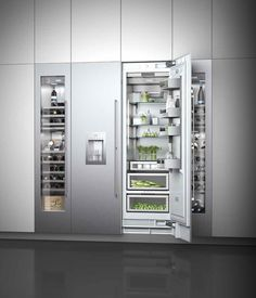 Espectacular #gamapremium de #refrigeración de la exclusiva firma #GAGGENAU #VarioCoolingSerie400. Un completo equipamiento de aparatos modulares que combinan #frigoríficos, #congeladores, #frigoríficos_congeladores y #vinotecas. Un placer para los sentidos con la máxima fiabilidad y exquisito acabado interior en #aceroinoxidable. #DespiertaTusSentidos con #ZelariDeNuzzi