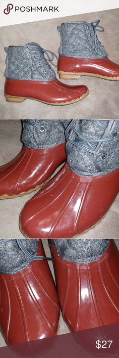 Western chief wool and rubber duck boots 9 Western Chief wool and rubber duck boots! Stay warm with these on! Their are some scuffs that could be shined out I'm sure. Still in very fashionable condition! Lots of life left. Soles look barely used! Open to all offers! Western Chief Shoes Winter & Rain Boots