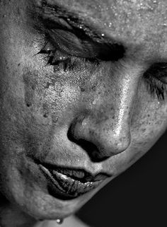 Beautiful pictures, black and white portraits, black white photos, Sadness Photography, Emotional Photography, Portrait Photography, Raw Photography, Black And White Portraits, Black White Photos, Black And White Photography, One Photo, Black White Photography