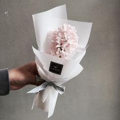 Hand-tied Bouquet | Vaness Florist Bouquet ||  Korean Artistic & Elegent Flower Bouquet |mini single blushed flower <Perfect gift for every occasion >
