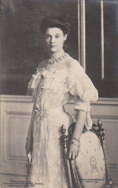 Crown Princess Cecilie of Prussia, née Duchess of Mecklenburg-Schwerin Images Of Princess, My Princess, Princess Victoria, Queen Victoria, Vintage Photographs, Vintage Photos, Antique Photos, German Royal Family, Otto Von Bismarck