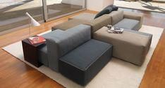 Wohnlandschaft mit Polstermöbeln - Sofa in Grau und Beige