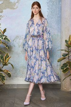 Extra Looks SS 2017 | Luisa Beccaria Beautiful Dresses, Nice Dresses, Casual Dresses, Fashion Dresses, Runway Fashion, Fashion 2018, Fashion Show, Womens Fashion, Lady Like