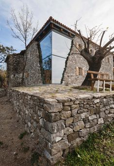 Stunning Rustic Stone House with a Modern Touch Stunning Rustic Stone Hou Style At Home, Modern Glass House, Modern Villa Design, Old Stone Houses, Rustic Stone, Modern Rustic, Rustic Interiors, Home Fashion, Exterior Design