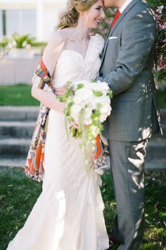 a mod print scarf used as a wrap by the Bride. Such a fab way to add a little pop to your wedding ensemble   Photography by http://jessbarfield.com