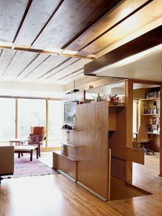 Rudolph Schindler's Bubeshko Apartments, Silver Lake