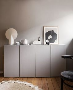 Paint the Ikea IVAR cabinet. - Ikea IVAR cabinet lacquer with lacquer from www. Ikea Ivar Cabinet, Armoire Ikea, Tv Ikea, Ikea Hack, Hygge Home, Nordic Design, Scandinavian Design, Scandinavian Interiors, Ikea Furniture