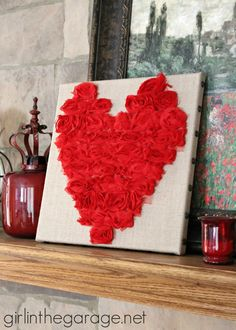 Rose Heart Art {Valentine's Day} tutorial #crafts #DIY