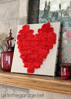 Rose Heart Art {Valentine's Day} tutorial #crafts #DIY