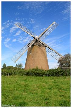 Windmill - Bembridge, Isle Of Wight - love to walk here on sunny sundays. Great Places, Places To See, Places Ive Been, Beautiful Places, Ile De Wight, Isle Of Wight Festival, England Ireland, Holiday Places, Le Moulin