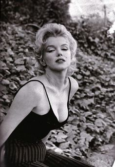 Marilyn photographed by Gordon Parks, 1956.