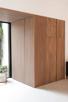Interior inspiration for modern interior design in livingroom, bedroom, hallway and office. Wooden wall and ceiling decoration for house inspo. Interior Walls, Modern Interior, Home Interior Design, Interior Architecture, Interior And Exterior, Residential Architecture, Wood Slat Wall, Office Interiors, Interior Office