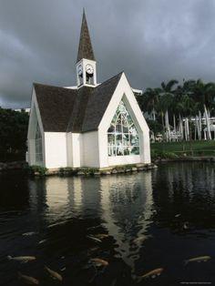 Church and Koi Pond, Wailea Beach, Maui, Hawaii, Hawaiian Islands, USA