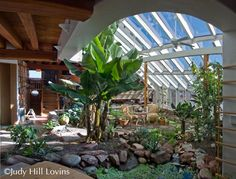 earthship with courtyard Earthship Design, Earthship Home, Green Architecture, Sustainable Architecture, Residential Architecture, Contemporary Architecture, Green Building, Building A House, Natural Building