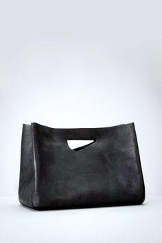 Cecchi De Rossi | Large Shopping Armor #style #fashion #accessories