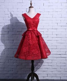 Short Red Prom Dresses, Red Lace Prom Dress, Red Homecoming Dresses, V Neck Prom Dresses, Event Dresses, Short Prom, Cute Dresses, Cocktail Gowns, Bridesmaid Dress