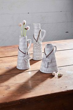 Show someone how much you care with this medium grow hope bud vase. #mudpiegift #pazitivethoughts #vase #gifting Bottle Vase, Glass Bottles, Mud Pie Gifts, Texture Words, Canister Sets, Cream And Sugar, Fall Home Decor, Bud Vases, Bowl Set