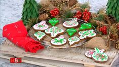 It's 4 days until #Christmas & Tamera Mowry served up a festive #treat with her adorable gingerbread ornament cookies!