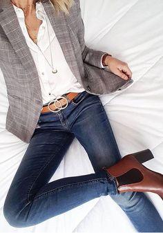 Business casual blazer jeans Blazer outfits with work fashion ideas Blazer Jeans, Look Blazer, Plaid Blazer, Dress Up Jeans, Jacket Jeans, Denim Jeans, Blazer And Jeans Outfit Women, Fall Blazer, Casual Blazer Women