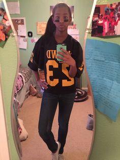 Cute girly football player Football Player Halloween Costume, Halloween Costumes, Football Stuff, Football Players, Girly, Cute, Sports, Fashion, Women's