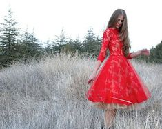 Red lace dress with tulle underskirt by NelliUzun on Etsy - Diy Selbermachen Lace Midi Dress, Tulle Dress, Dress Red, Wrist Warmers, Glamour, Red Lace, Perfect Party, Dress Making, Winter Wonderland