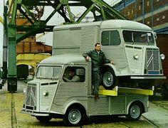 1964 Citroen HY Vans Citroen Van, Citroen Type H, Cool Trucks, Big Trucks, Classic Trucks, Classic Cars, Retro Rv, Citroen Traction, Automobile