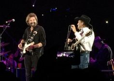 Des Moines with Ronnie Dunn 2014