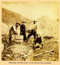 Panning for Gold, Klondyke, Alaska, 1899 Canadian History, American History, Antique Photos, Vintage Photographs, Panning For Gold, Gold Miners, Yukon Territory, Gold Prospecting, Metal Detecting