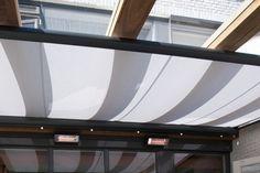 Houten terrasoverkapping met uitstraling en allure. De robuuste overkapping is modulair uit te breiden tot een tuinkamer. Bekijk de opties en kom langs!