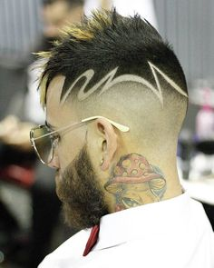 Coolest Haircut designs For Guys that they should be trying in 2018 Cool Mens Haircuts, Stylish Haircuts, Modern Haircuts, Hair Tattoo Designs, Undercut Hair Designs, Natural Hair Styles, Short Hair Styles, Shaved Hair Designs, Hair Barber