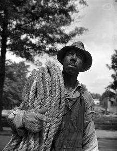 Gordon Parks. 'Construction workman, Washington, DC, 1942'.